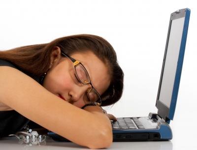εργασία από το σπίτι σε υπολογιστή