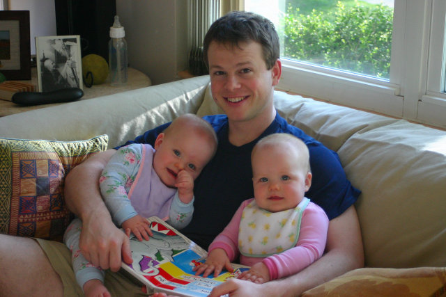 dad and babies